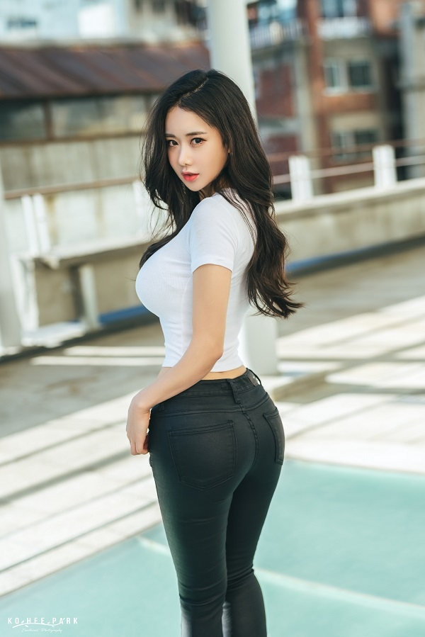 ROAD FC 로드걸 뉴 페이스 SNS 스타 김이슬 합류